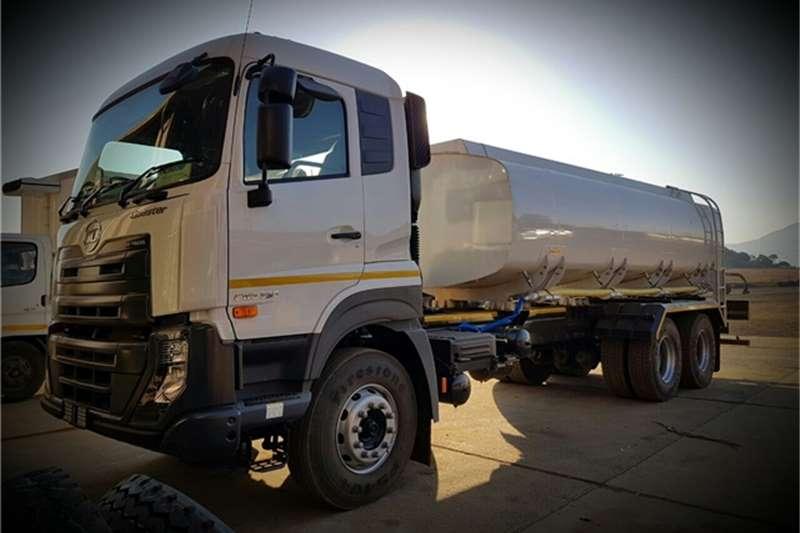 UD Water tanker 370 6x4 Quester 16000L Truck