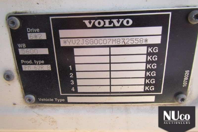 Volvo Curtain side VOLVO FM62RB TAUTLINER Truck