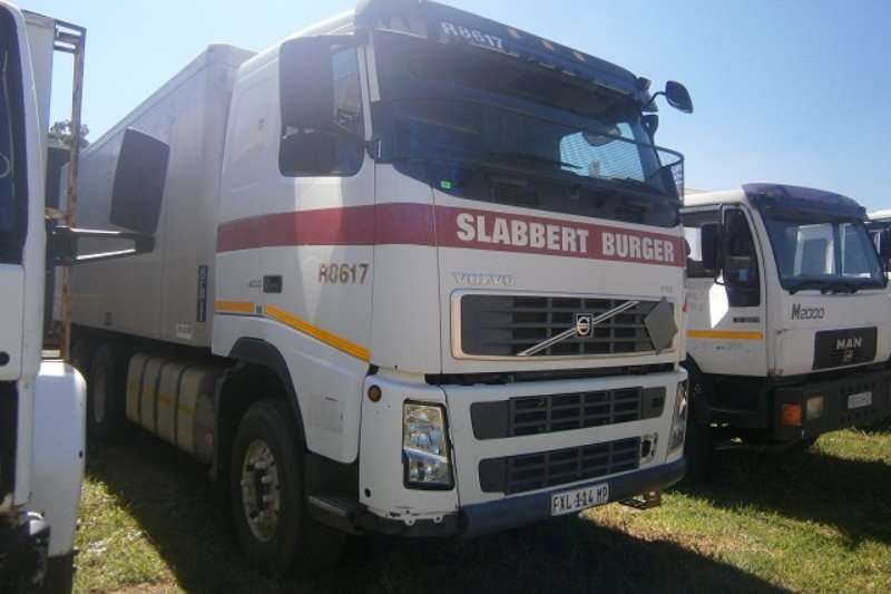 Volvo Other FH12 400HP Truck