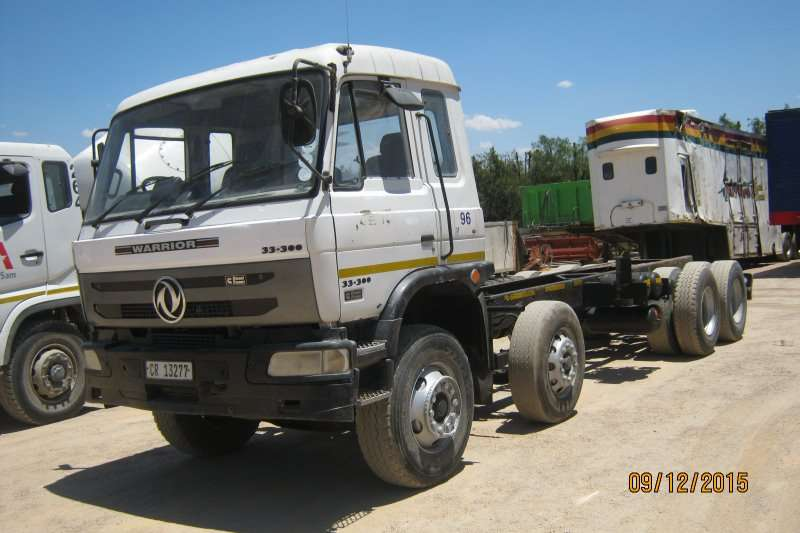 Warrior Chassis cab 33-300 TWINSTEER Truck