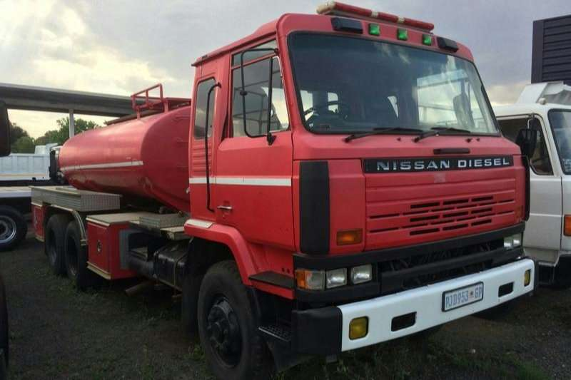 Water Bowser Nissan CW45 WATER TANKER 1989