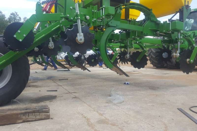 Riptill / Striptill With Super 25 Tine