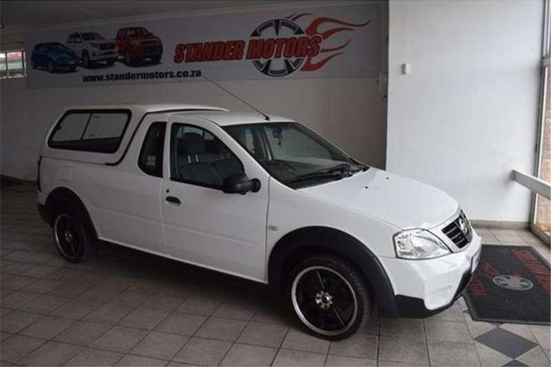 2010 Nissan NP200