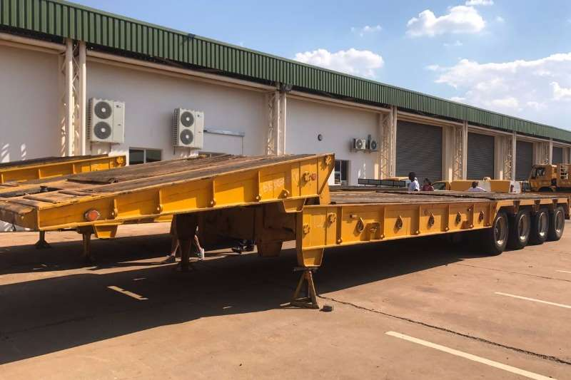 Henred 4 axle Lowbed