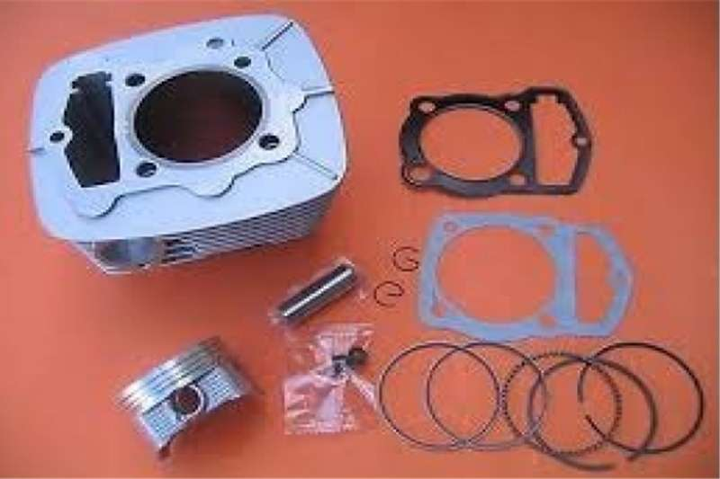 Big Boy 200cc/250cc Piston and sleeve kit for timing chain 0