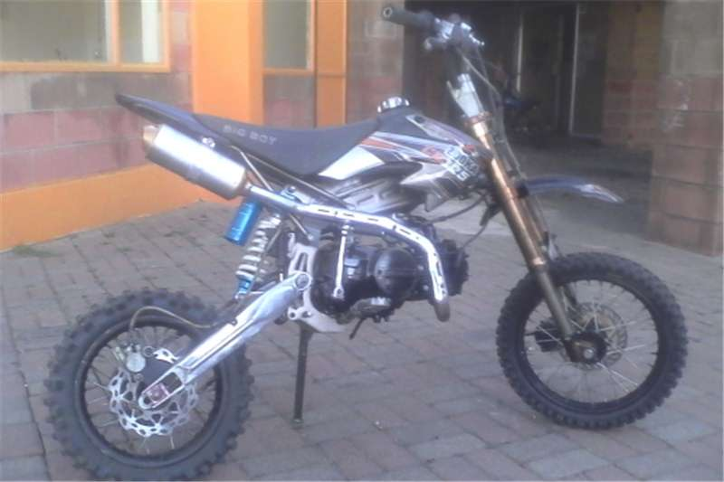 Big Boy pit bike cr125cc in exclent condition 0