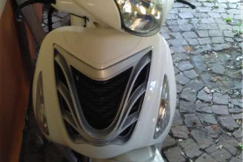 Gomoto C5 300cc scooter 2013