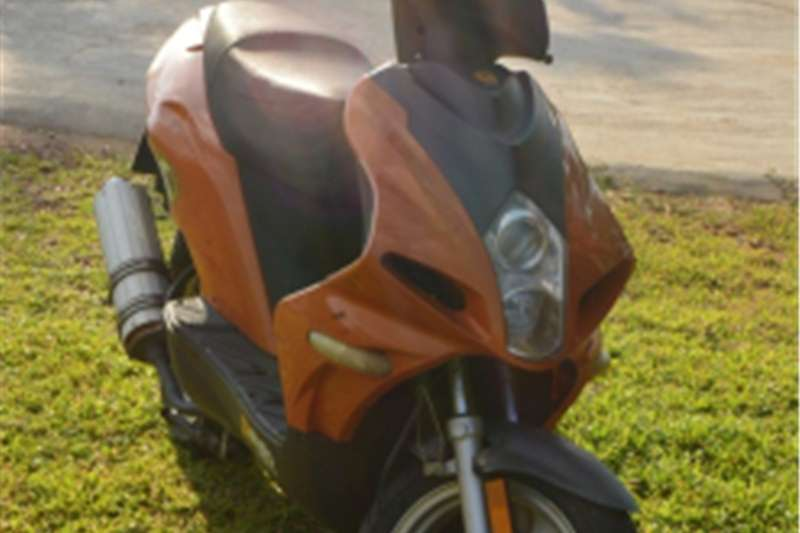 Gomoto Urban 125CC SCOOTER FOR SALE 0