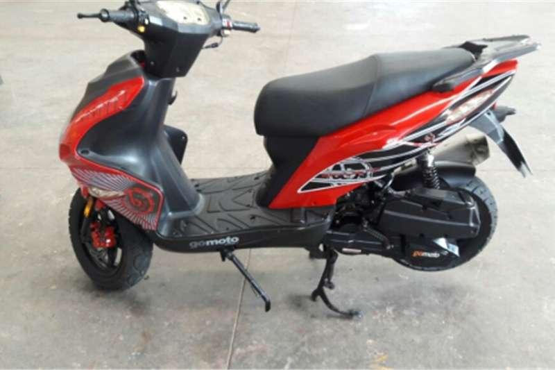 Gomoto Urban motorcycle 2013