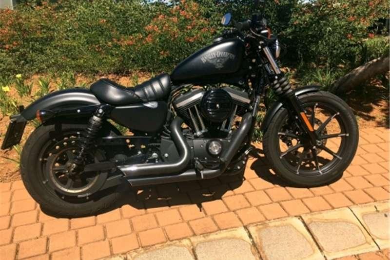 Harley Davidson Road Glide Tourer (Black) 2015