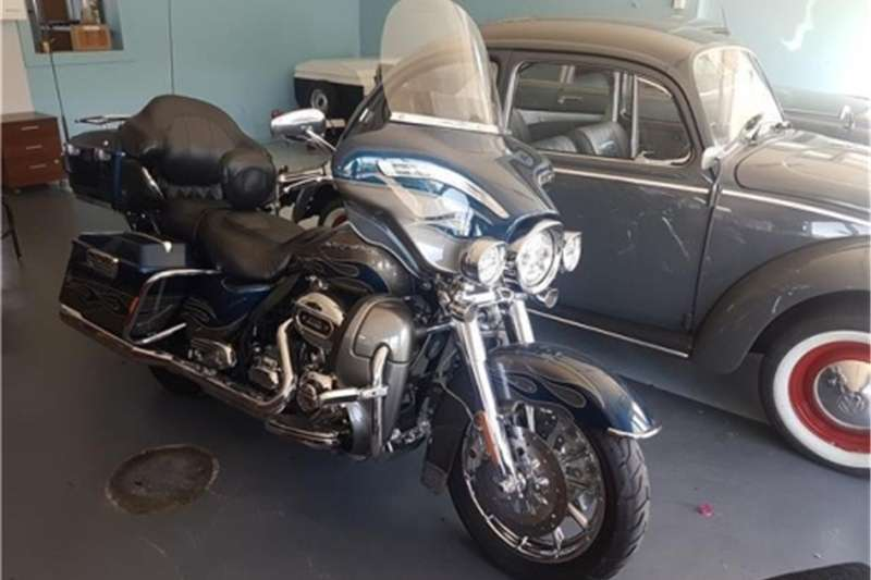 Harley Davidson Ultra Limited CVO 2010