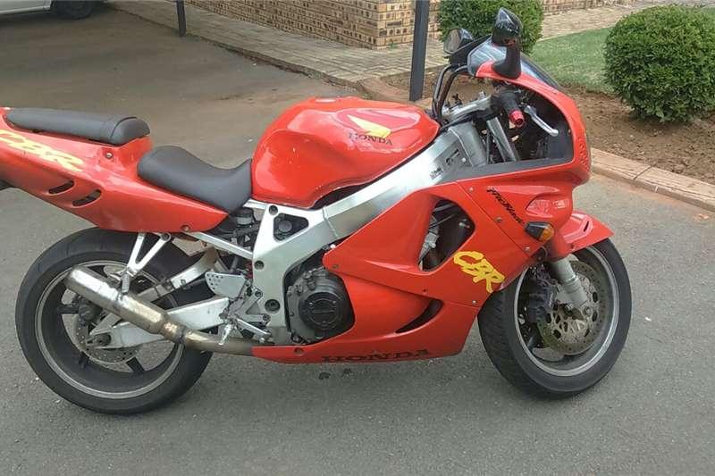 Honda CBR 900RR 1997