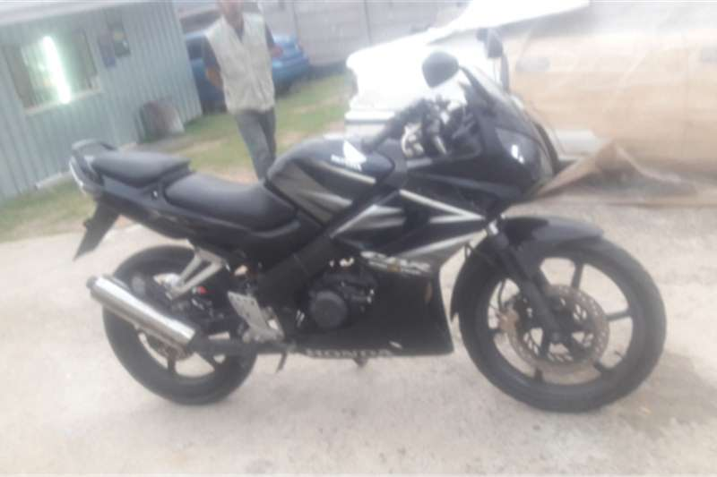Honda cbr150 0