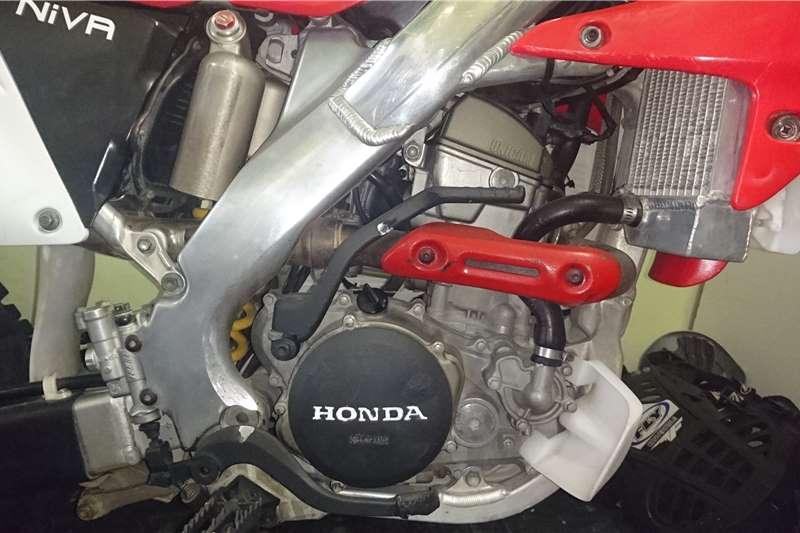 Honda CFR 2008