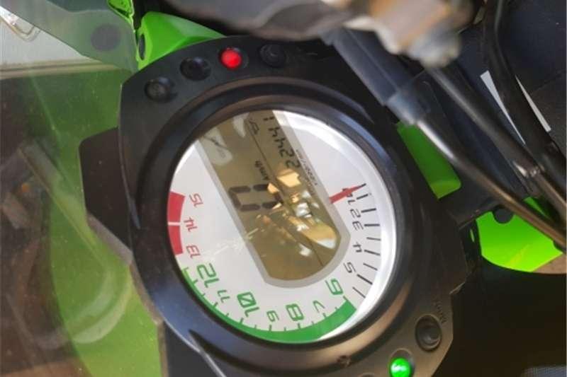 Kawasaki ZX10-R 0