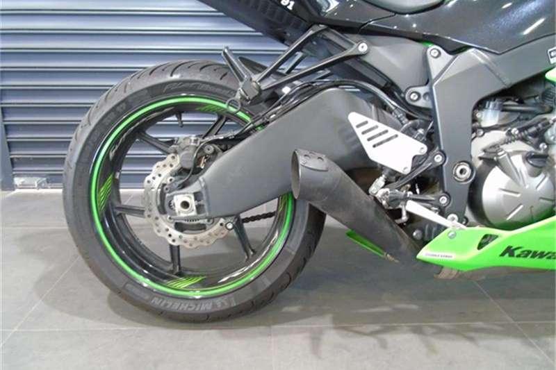 Kawasaki ZX6-R 2015