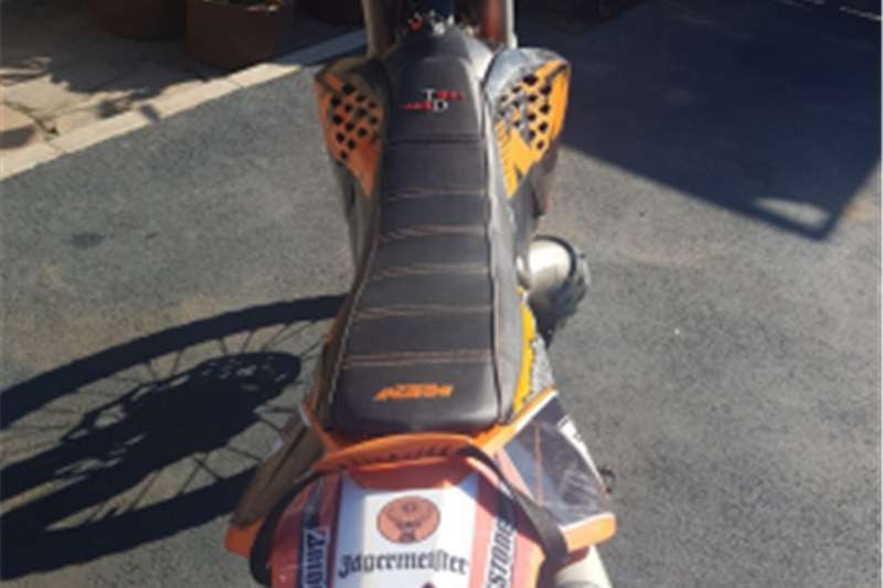 KTM 200  ECX   GREAT CONDITION   ASKING R29 500 2009