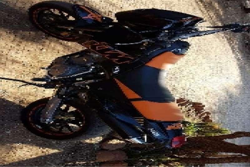KTM 640 Duke 2005