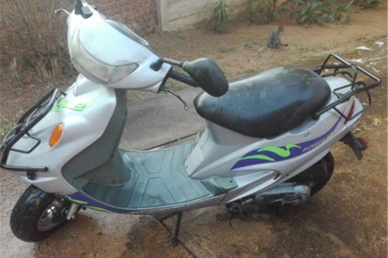 Kymco 100cc scooter