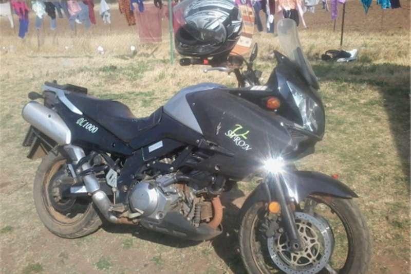 Suzuki DL1000 vstrom 0