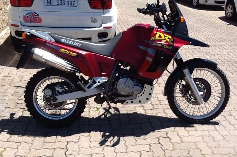 Suzuki DR 1998