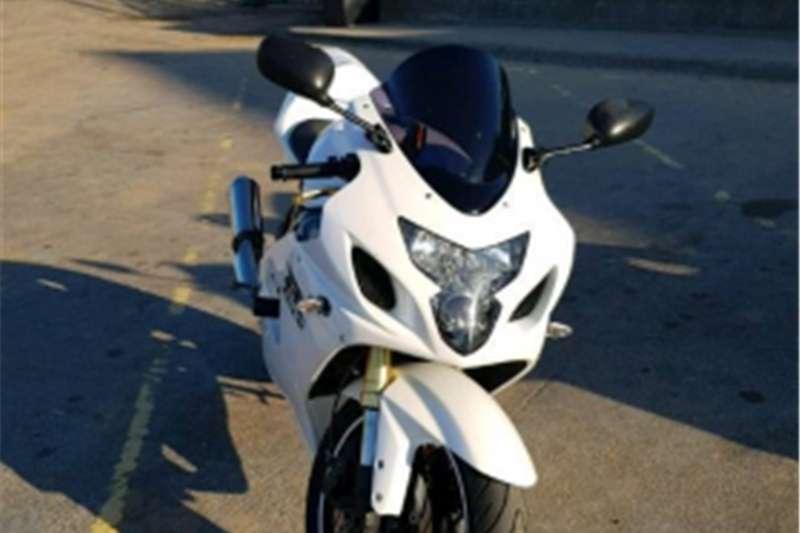 Suzuki GSXR750 bargain neg 0