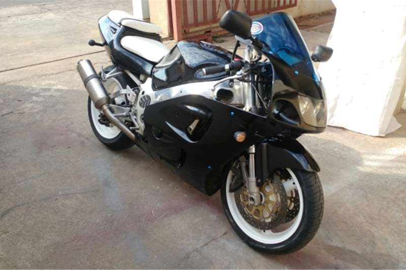 Suzuki GSXR750 sale or swap 0