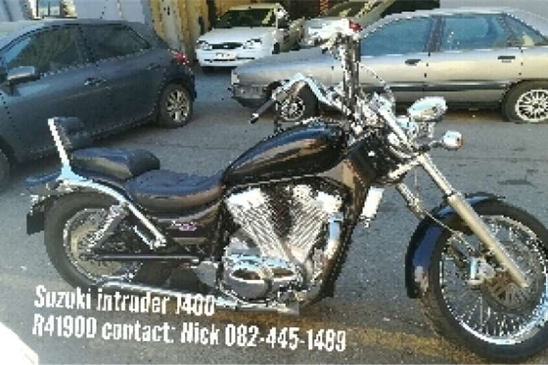 Suzuki Intruder motorcycle 0