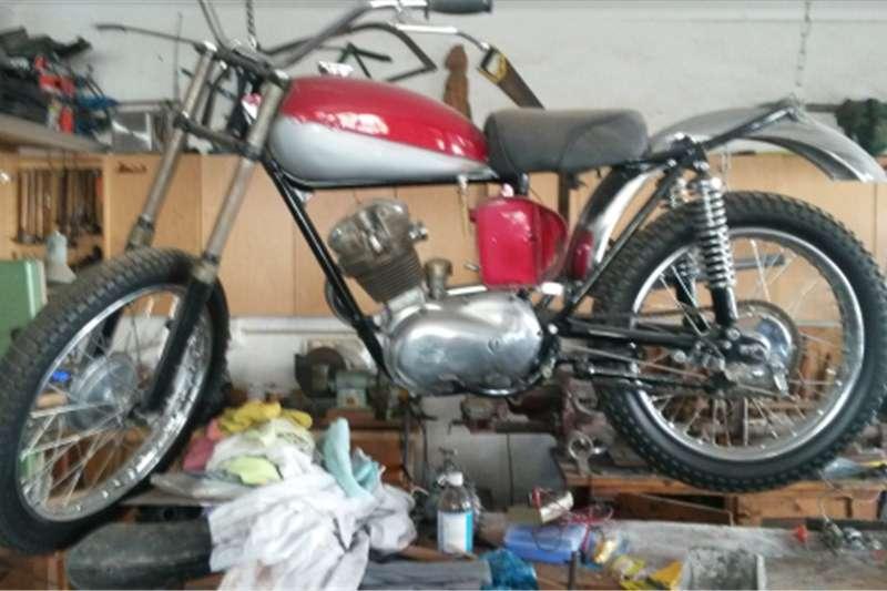 Triumph Motorcycle 0
