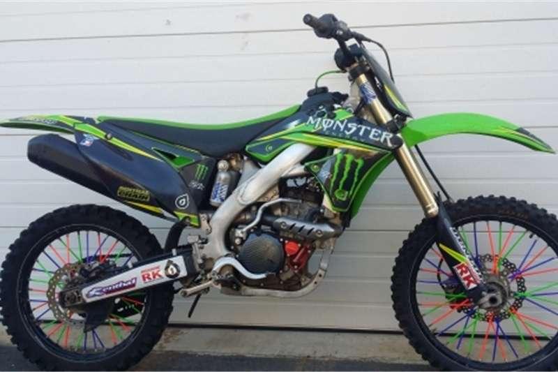 Yamaha IT 2012