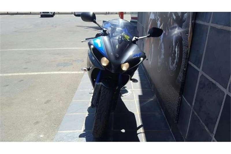 Yamaha YZF R1 BIG BANG 2013
