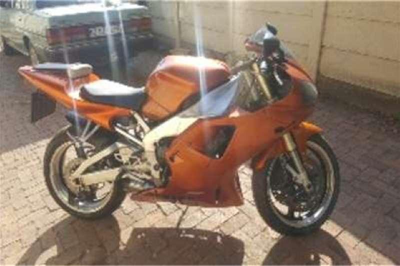 Yamaha YZF R1 OR WHY 1999