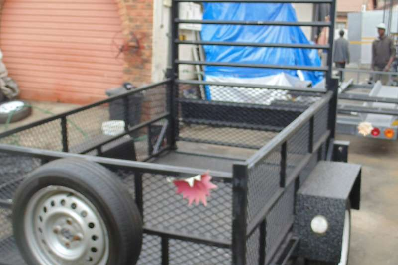 Accessories Trailers HOME BUILT 2006