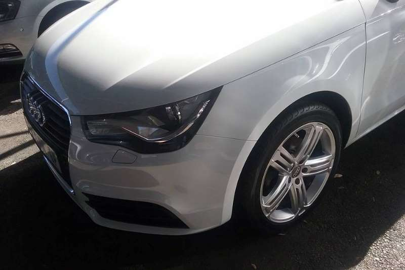 Audi A1 1.4T Attraction 2013