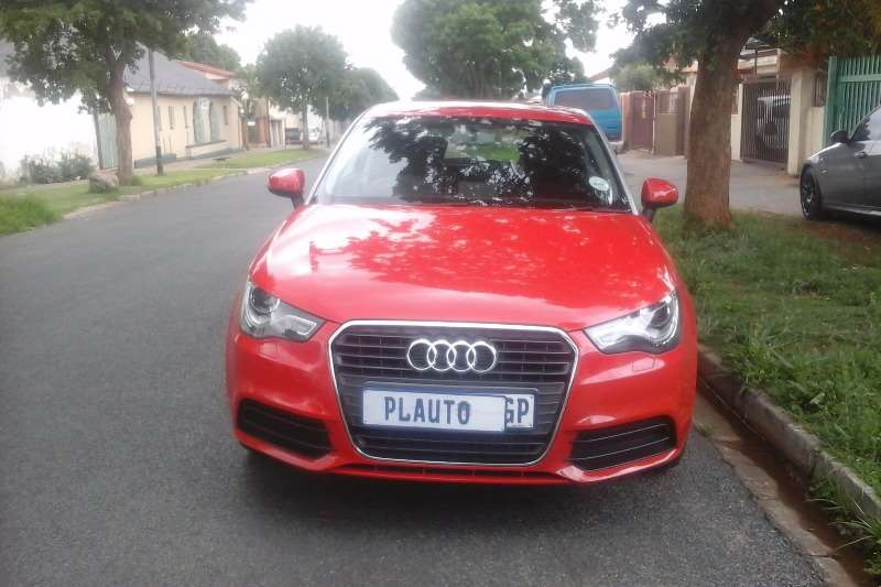 Audi A1 Sportback 1.2T Attraction 2012