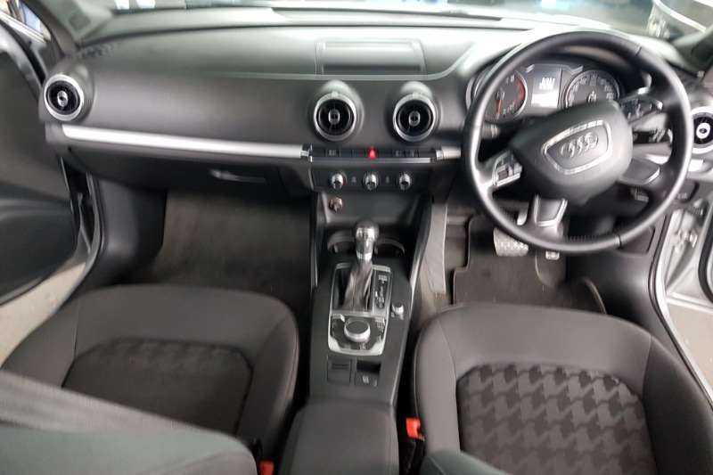 Audi A3 2.0T Ambition auto 2014