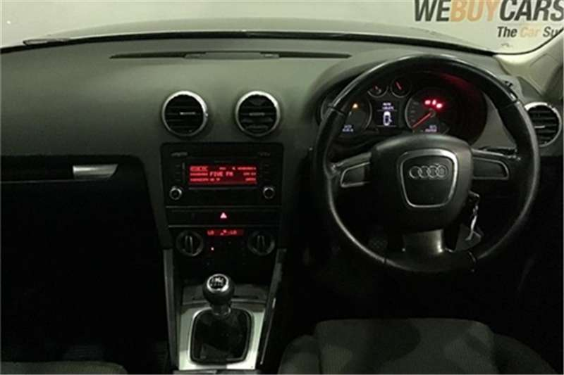 Audi A3 Sportback 1.8T Ambition 2011