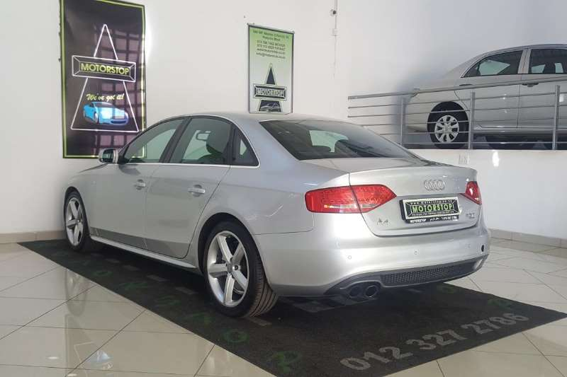 Audi A4 2.0T quattro STronic 2010