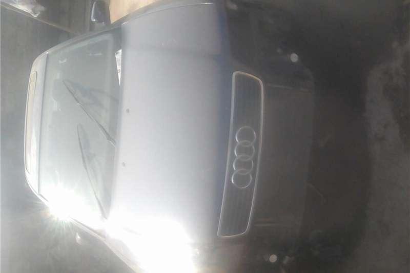 Audi A4 3.0T quattro 2000