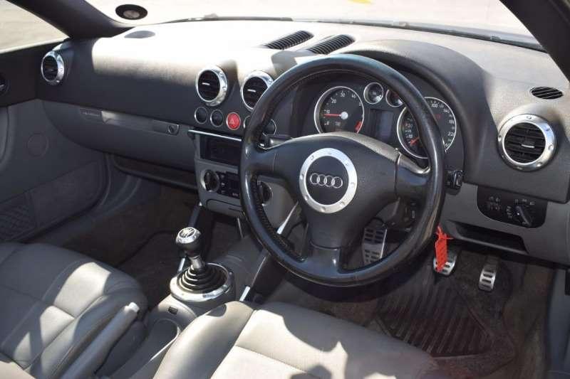 Audi TT 1.8T quattro roadster 2004