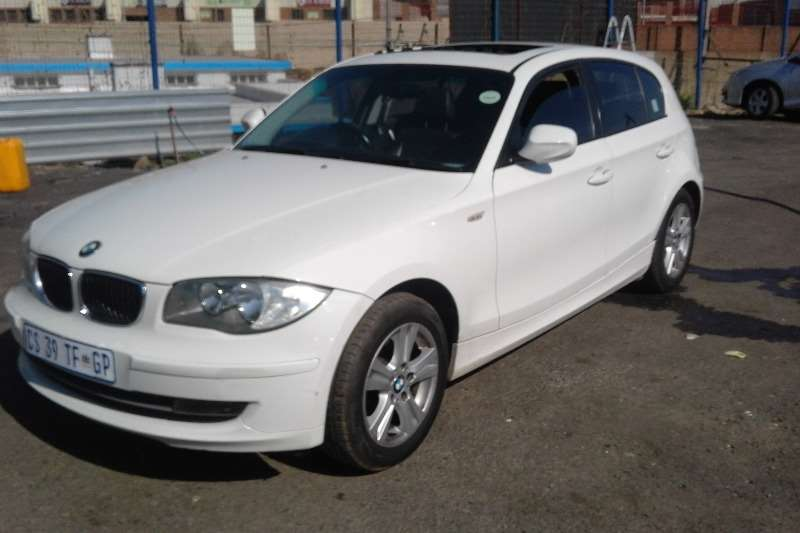 2011 bmw 1 series 116i 5 door exclusive hatchback petrol. Black Bedroom Furniture Sets. Home Design Ideas