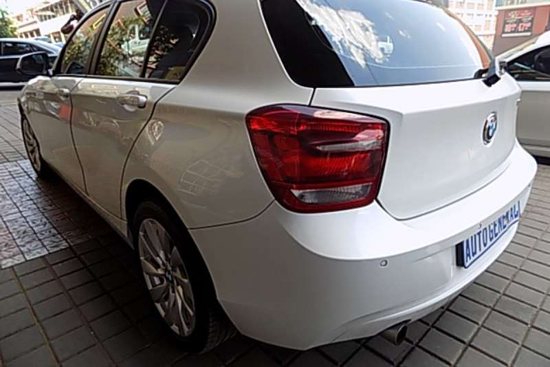 BMW 1 Series 116i 5 door Sport auto 2015
