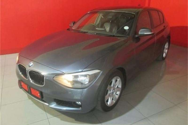 BMW 1 Series 118i 5 door 2013