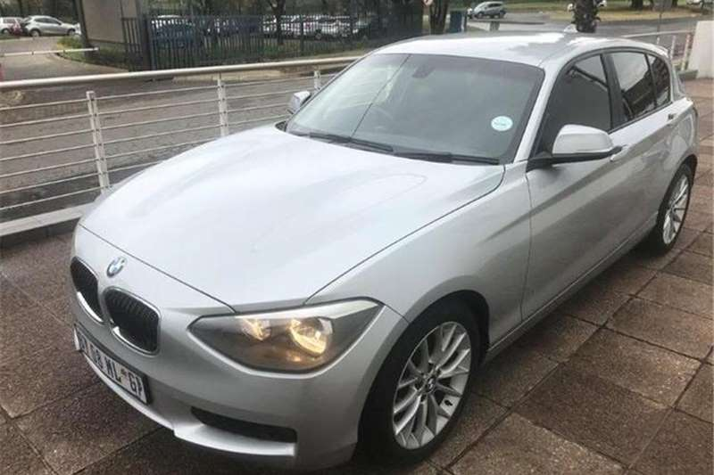 BMW 1 Series 118i 5-Door Auto 2012