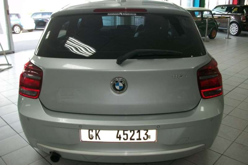 BMW 1 Series 118i 5 door Urban auto 2012