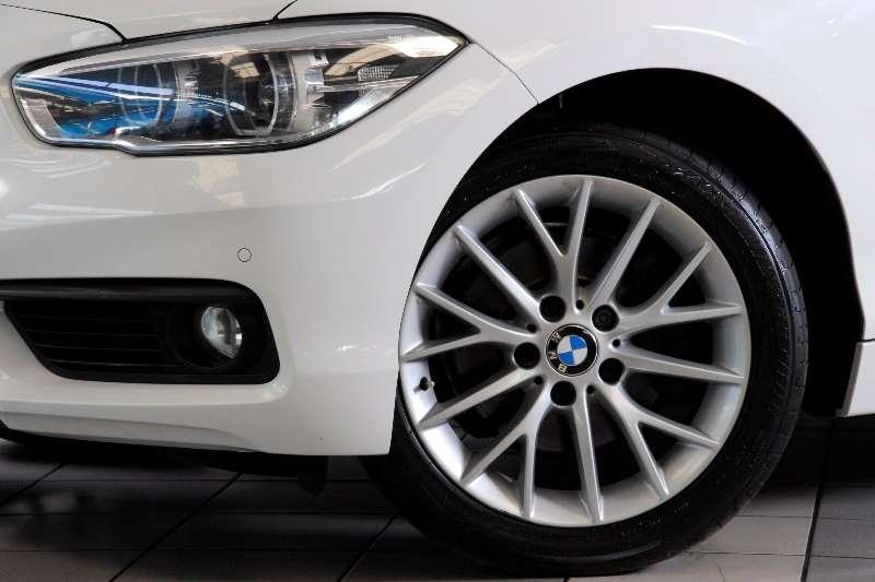 BMW 1 Series 120i 5 door auto(F20) 2015