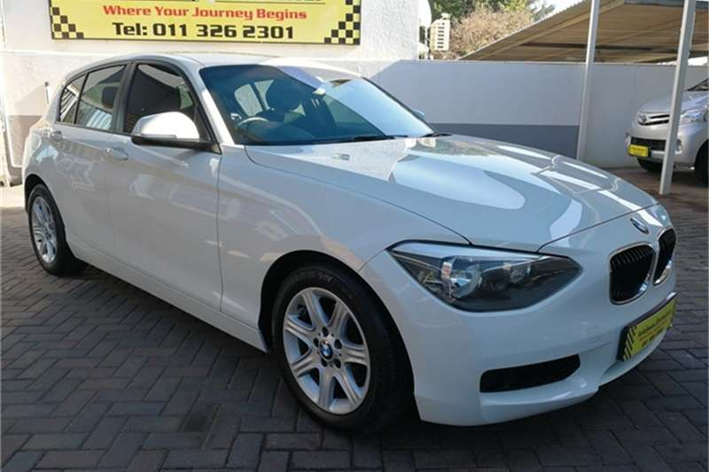 BMW 1 Series 5DR A/T (F20) 2012