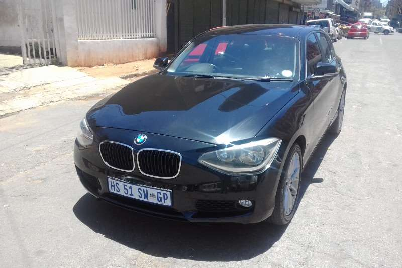 2014 BMW 1 Series 118i 5 door auto