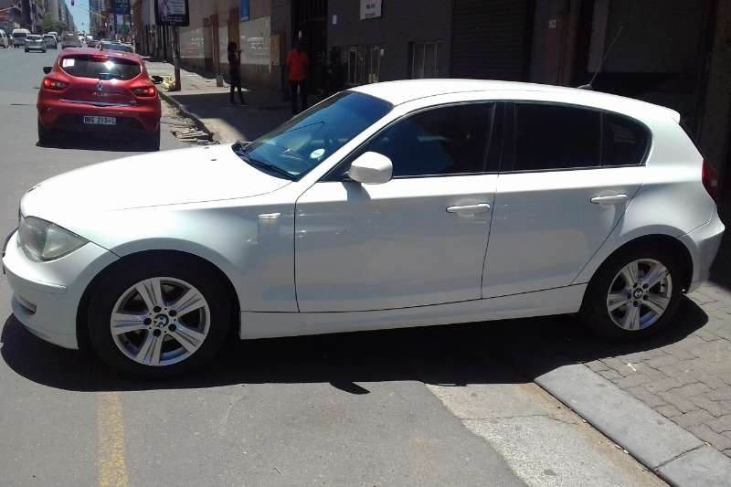2010 BMW 1 Series 118i 5 door
