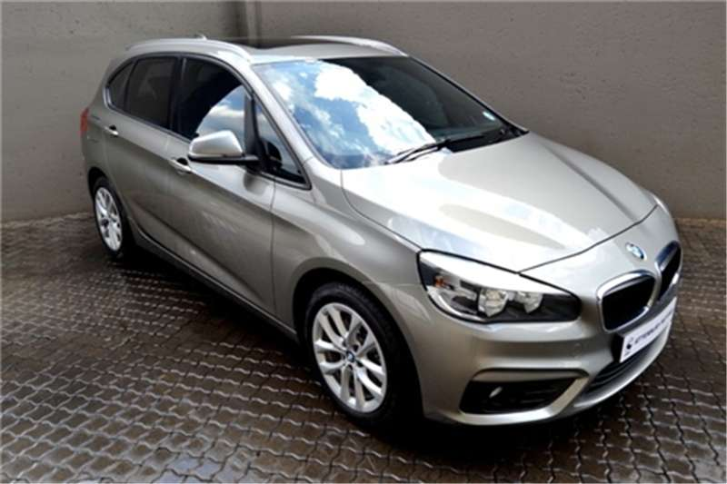 2015 BMW 2 Series Active Tourer 220i Active Tourer Luxury auto